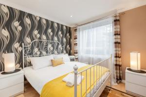 Brownhill Property, Apartmanok  London - big - 71