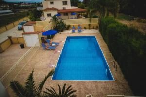 Thomas Villa 5, Villas  Argaka - big - 26