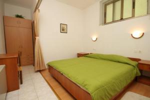 Apartment Preko 8515a