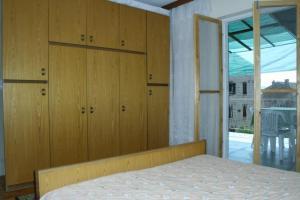 Apartment Komiza 2440a