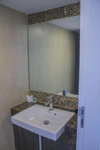 Avenue Residence condo by Liberty Group, Apartments  Pattaya Central - big - 62