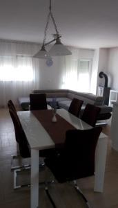 Apartment Sure, Ferienwohnungen  Sveti Filip i Jakov - big - 2