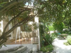 Villa Clarensac Piscine, Villák  Clarensac - big - 14