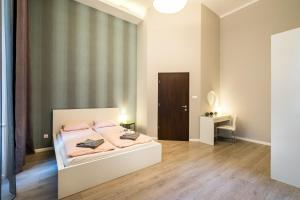 BpR Apáczai Street Design Apartment, Appartamenti  Budapest - big - 38