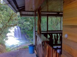 Cabaña Cascada Hollin, Chalet  Jondachi - big - 5