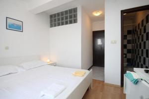 Double Room Zaklopatica 994a