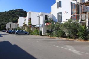 Apartment Lastovo 8343a
