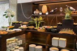 Halina Hotel and Apartment, Hotels  Da Nang - big - 32
