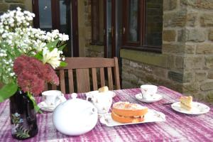 Orchard Cottage, Holiday homes  Matlock - big - 17