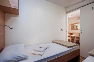 Campsite Porton Biondi Mobile Homes Mediteran, Ferienparks  Rovinj - big - 83