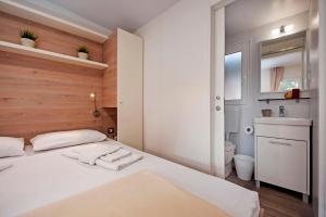 Campsite Porton Biondi Mobile Homes Mediteran, Ferienparks  Rovinj - big - 34