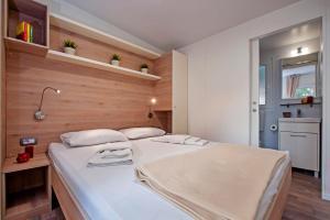 Campsite Porton Biondi Mobile Homes Mediteran, Ferienparks  Rovinj - big - 35