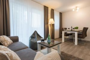 Ferienwohnungen Rosengarten, Апартаменты  Бёргеренде-Ретвиш - big - 40