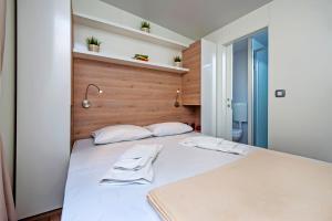 Campsite Porton Biondi Mobile Homes Mediteran, Ferienparks  Rovinj - big - 115