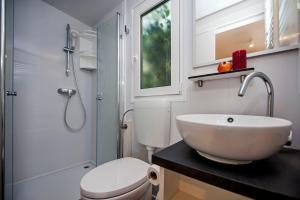 Campsite Porton Biondi Mobile Homes Mediteran, Ferienparks  Rovinj - big - 11