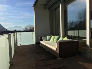 Sky View Salzburg, Апартаменты  Зальцбург - big - 10