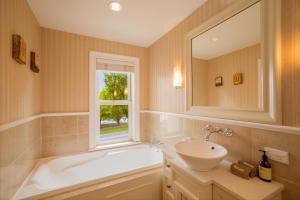 Super Central Lakeside Villa, Dovolenkové domy  Queenstown - big - 6
