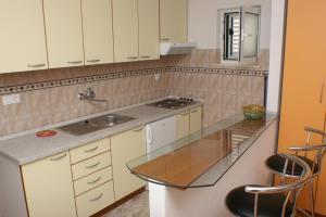 Studio Milna 3074a