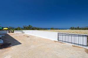 Villa 339, Vily  Argaka - big - 11