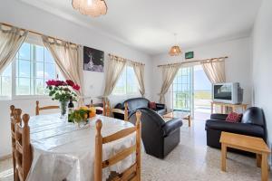 Villa 339, Vily  Argaka - big - 18