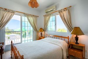 Villa 339, Vily  Argaka - big - 19