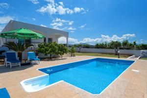Villa 339, Vily  Argaka - big - 25