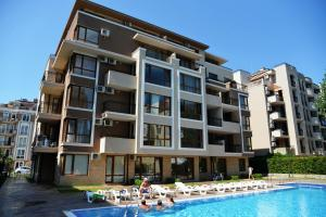 Balkan Breeze 7 One bedroom Apartment EH, Apartmanok  Napospart - big - 2