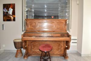 Air Rental - Coloc dans Villa d'architecte, Bed and Breakfasts  Montpellier - big - 21