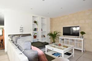 Air Rental - Coloc dans Villa d'architecte, Bed and Breakfasts  Montpellier - big - 20