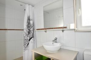 Air Rental - Coloc dans Villa d'architecte, Bed and Breakfasts  Montpellier - big - 18