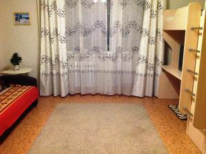 Apartment on Nogradskaya 4, Apartmány  Tashtagol - big - 10
