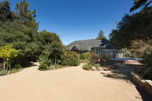 Quiet Oaks Manor, Holiday homes  Julian - big - 31