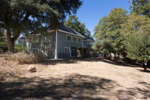Quiet Oaks Manor, Holiday homes  Julian - big - 5