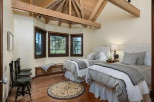 Quiet Oaks Manor, Holiday homes  Julian - big - 35