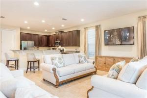 1005 Castle Pines Court - Kissimmee
