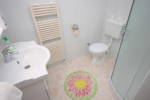 Apartment Novigrad 7054a, Apartmány  Novigrad – Istrie - big - 5