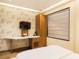 Hotel Sangat Regency, Отели  Бхопал - big - 26