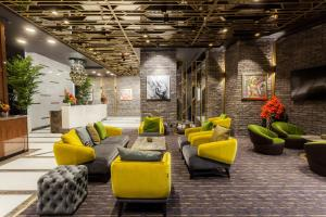 Platinia Luxury Suites