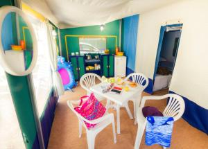 Camping Sant'Albinia, Campsites  San Vincenzo - big - 2