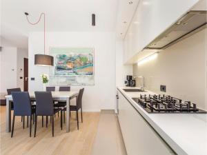 Two-Bedroom Apartment in Rijeka, Appartamenti  Turan - big - 27