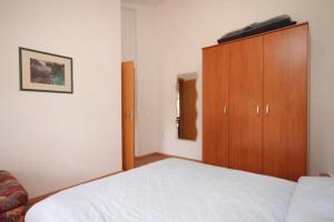 Apartment Pasman 8274a
