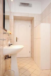 Apartment Dubrovnik 9077a, Apartments  Dubrovnik - big - 6