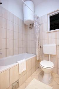 Apartment Dubrovnik 9077a, Apartmány  Dubrovník - big - 5