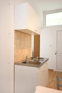 Studio Dubrovnik 9077a, Апартаменты  Дубровник - big - 6