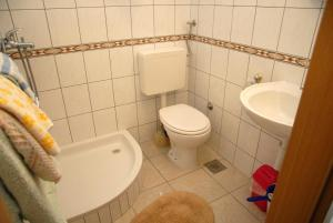 A Picture of Double Room Komiza 11315a