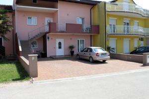Apartment Zambratija 2533b