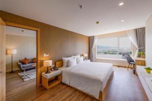 Zen Diamond Suites Hotel, Hotels  Da Nang - big - 1
