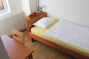 Pansion Centar, Bed & Breakfasts  Tuzla - big - 17