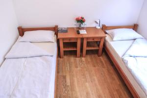 Pansion Centar, Bed & Breakfasts  Tuzla - big - 15
