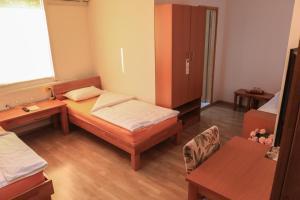 Pansion Centar, Bed & Breakfasts  Tuzla - big - 5